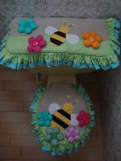 juegos de baño Bathroom Crafts, Bathroom Sets, Sewing Projects For Beginners, Projects To Try, Felt Crafts, Diy And Crafts, Love Sewing, Christmas Decorations, Handmade