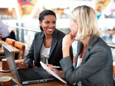 two women conducing a contextual interview