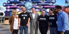 Grupo Mascarada Carnaval: El alcalde Augusto Hidalgo visita el escenario d...