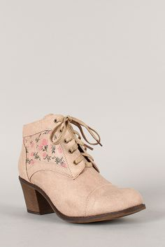 Liliana Leighton-2 Floral Print Lace Up Cowboy Ankle Bootie size 8