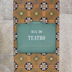 E o Porto aqui tão perto #tiledpt #sergiogodinho #teatro #porto #p3top #igersportugal #tiles #pattern #azulejo #instazulejo #tileaddiction