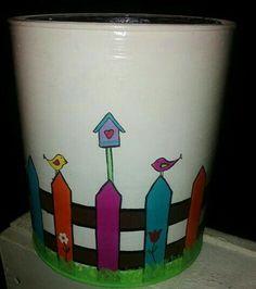 Lata pintada a mano Clay Flower Pots, Terracotta Flower Pots, Flower Pot Crafts, Clay Pot Crafts, Clay Pots, Paint Garden Pots, Painted Plant Pots, Painted Flower Pots, Flower Pot Design
