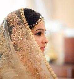 A Sabyasachi veil is as beautiful as the lehenga, a bride shot by Sharik Verma, a wedding photographer from Delhi. www.sharikverma.com  #Bridelan #Sabyasachi #sabyasachiweddinglehenga
