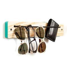 I Wear Rack Ash Caribbean x board design. good for organizing clutter inside your tailer.