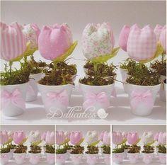 Dellicatess for Babies Felt Flowers, Diy Flowers, Fabric Flowers, Paper Flowers, Felt Crafts, Easter Crafts, Fabric Crafts, Diy And Crafts, Baby Decor