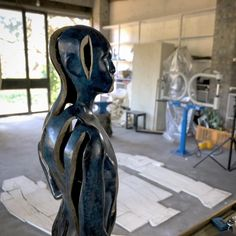 Emulation bronze maquette standing in my studio. #studio #bronze #maquette #standing