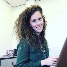 Evelien Roelofs Dreadlocks, Pure Products, Long Hair Styles, Beauty, Long Hairstyle, Long Haircuts, Dreads, Long Hair Cuts, Beauty Illustration