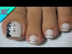 French manicure toes toenails pedicures New ideas Toe Nail Color, Toe Nail Art, Nail Colors, French Manicure Toes, Manicure E Pedicure, Pretty Toe Nails, Cute Toe Nails, Hair And Nails, My Nails