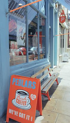 Pedlars | London. Blog with cool pictures.