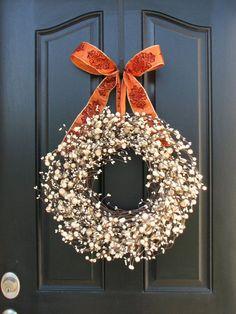 Autumn Decorating Cafe | Thanksgiving Wreath for Front Door Decor - Festive Sugar Cream Pie ...