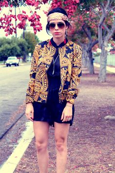 "@Lucia Mouet of ""Around Lucia"" shows us her baroque look with UO's jacket #urbanoutfitters"