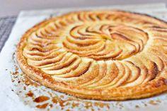 4 recetas fáciles y ricas de tarta de manzana de hojaldre. Prepara una deliciosa tarta de manzana y hojaldre con estas recetas fáciles. Tarta de manzana.