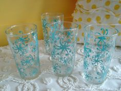 Set of Four Vintage Aqua Blue and White Swirly Starbursts Drinking Glasses Tumblers