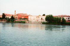 La Dogana vecchia di Verona sul fiume Adige