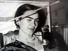 Frida winking, 1933 Lucienne Bloch