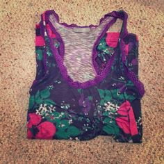 Floral tank top This is a nice cool tank top, perfect for the heat! Delia's Tops Tank Tops