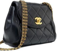 Sooo Pretty!  Chanel Vintage Handbag