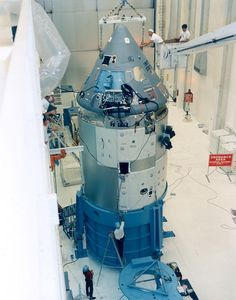 Apollo 1 Spacecraft command and service modules are moved from a test stand to be mated with Saturn Lunar Module Adapter Apollo Space Program, Nasa Space Program, Nasa Missions, Apollo Missions, Gus Grissom, Cosmos, Programa Apollo, Apollo Spacecraft, Space Launch