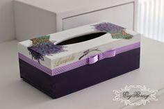 galeria decoupage - Buscar con Google Decopage, Decoupage Box, Tissue Box Covers, Tissue Boxes, Vintage Box, Casket, Innovation Design, Picture Wall, Wooden Boxes
