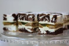 Great ways to make authentic Italian coffee and understand the Italian culture of espresso cappuccino and more! Cappuccino Maker, Cappuccino Coffee, Cappuccino Machine, Coffee Blog, Italian Coffee, Food Cakes, Morning Coffee, Cake Recipes, Cheesecake