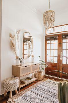 Boho Chic Living Room, Cozy Living Rooms, Living Room Interior, Home Interior Design, Home And Living, Living Room Tv, Bohemian Living, Living Room With Mirror, Apartment Living