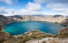 Laguna y Crater Quilotoa Quito, Ecuador, Puerto Iguazu, South America Travel, Machu Picchu, Far Away, Wonderful Places, Amazing Places, Nazca Lines