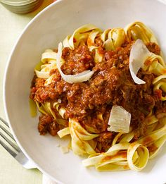 Slow Cooker Pasta and Meat Sauce