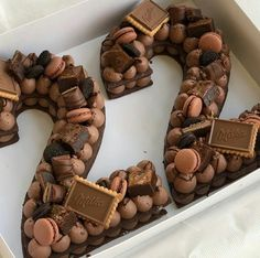 Number Birthday Cakes, 21st Birthday Cakes, Number Cakes, 22nd Birthday, Pretty Cakes, Cute Cakes, Beautiful Cakes, Cake Cookies, Cupcake Cakes