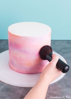 Simple Watercolour Cake Tutorial by Sweetness & Bite -Pinterest: Hamza│₪ The Land of Joy