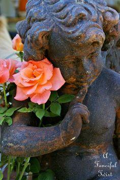 A garden statue appearing to be deep in thought. Angel Garden Statues, Garden Angels, Angels Among Us, Angels And Demons, Cemetery Angels, Cemetery Art, Garden Sculpture, Lion Sculpture, Seaside Garden