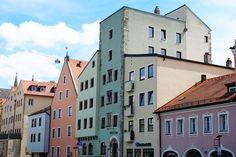 How to plan your next travel in a foreign country Travel Around The World, Around The Worlds, Regensburg Germany, How To Plan, Country, Colors, Happy, Pura Vida, Rural Area