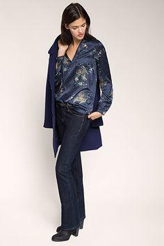 Esprit - Soepele crêpe-satijnen blouse met print kopen in de online shop