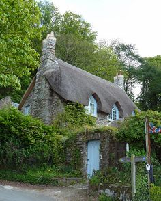 Thatched Cottage on 'Greenway' Quay | Flickr - Photo Sharing!