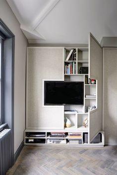 Шкаф с креплением для телевизора.