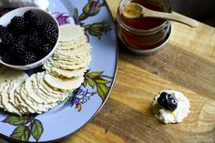 Crisps with Goat Cheese, Blackberries, and Honey at www.foodiewithfamily.com