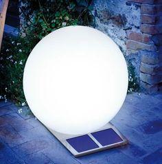 ❕ GARDEN SOLAR LIGHTING: ❕ IDEAS AND TIPS ON CERTIFIED-LIGHTING.COM - Glowing Solar Globe ❕ #solarlighting #outdoorlighting