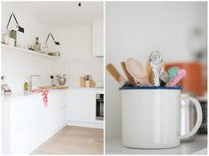 Hij is klaar, de nieuwe keuken en extra keuken. Al onze wensen konden we er in kwijt: witte tegeltjes, Artemide lampen, Quooker en een Smeg.