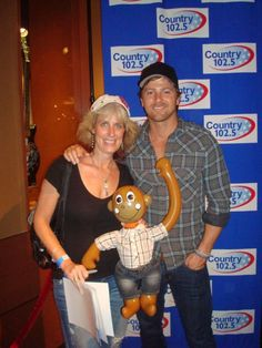 Me & Kip Moore  1st M  May 2011