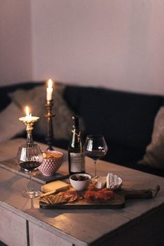 Cosy winter night in Wine Photography, In Vino Veritas, Food Platters, Wine Cheese, Romantic Dinners, Romantic Dinner Setting, Wine Time, Charcuterie Board, Aesthetic Food