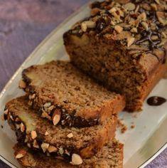 Chec vegan cu banane și migdale (banana bread) | Bucate Aromate Healthy Food, Healthy Recipes, Vegan Dessert Recipes, Banana Bread, Cheesecake, Deserts, Sweets, Banana, Healthy Foods