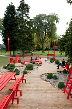 Project By Overtreders W Amsterdam, Netherlands Message Creative Share Project About Project Meeting place with a picknicktable, benches and...