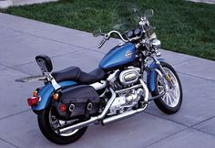 harley davidson sportster 883 hugger. Looks exactly like my bike