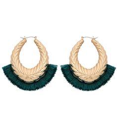 60bdd051574a Aretes de moda candonga amplia con borlas verdes cortas  🔱 Aretes candonga  amplia .🔅
