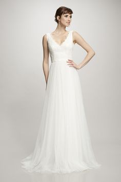 Eloise - #890282 - Sleeveless V-neck gown with corded bodice and spanish tulle skirt