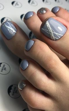 Gel Pedicure Toes Toenails Design 35 Ideas For 2020 Fall Toe Nails, Pretty Toe Nails, Cute Toe Nails, Summer Toe Nails, Toe Nail Art, Nail Designs Toenails, Cute Pedicure Designs, Summer Toenail Designs, Bling Nails