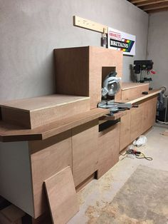 Mitre Saw Station : 8 Steps (with Pictures) - Instructables Woodworking Workshop, Woodworking Shop, Woodworking Projects, Welding Projects, Woodworking Bench, Rope Shelves, Wooden Shelves, Mitersaw Station, Miter Saw Bench