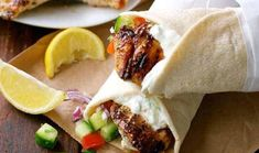Greek Chicken Gyros with Tzatziki - My Recipes Easy Chicken Dinner Recipes, Entree Recipes, Easy Meals, Cooking Recipes, Fun Recipes, Chicken Gyro Recipe, Chicken Gyros, Tzatziki, Recipe Tin