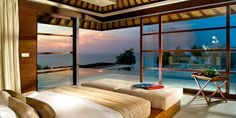 Amazing Bedroom Design in Various Styles : Modern Small Bedroom With Awesome Ocean View