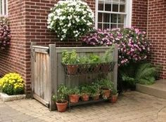5 Clever Ways to Camouflage Your Ugly Outdoor Air Conditioner - Modern Backyard Projects, Outdoor Projects, Backyard Patio, Backyard Landscaping, Outdoor Decor, Desert Backyard, Landscaping Ideas, Backyard Ideas, Air Conditioner Cover Outdoor