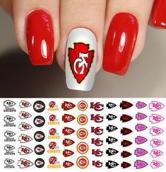 Here is a tutorial for an interesting Christmas nail art Silver glitter on a white background – a very elegant idea to welcome Christmas with style Decoration in a light garland for your Christmas nails Materials and tools needed: base… Continue Reading → Football Nail Designs, Football Nail Art, Baseball Nails, Neon Nail Art, Neon Nails, Glitter Nail Art, Kansas City Chiefs Logo, Kansas City Chiefs Football, Nfl Football